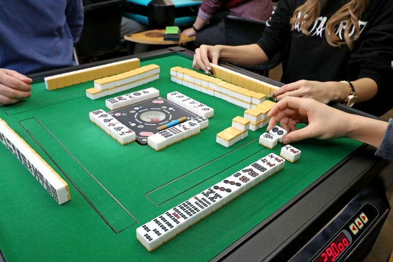 麻雀の起源・ゲームのルール・オンラインでプレイの仕方
