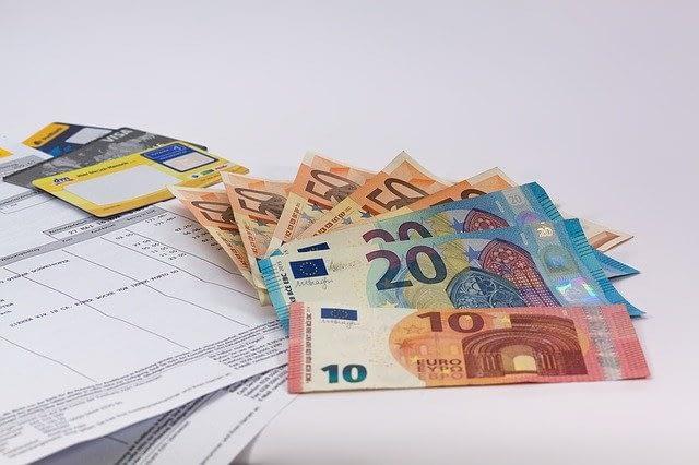 オンラインカジノで出金するなら銀行振込がおすすめ!