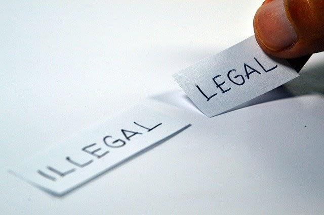 オンラインカジノは違法?合法?完全解説