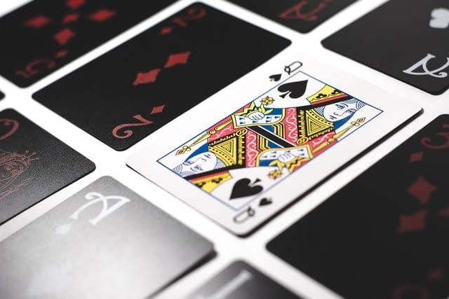 マーチンゲール法でオンラインカジノ攻略