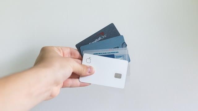 クレジットカードでオンラインカジノに入金方法